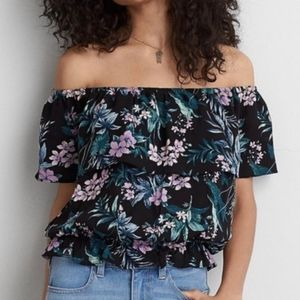 American Eagle Outfitters Black Floral Crop Top